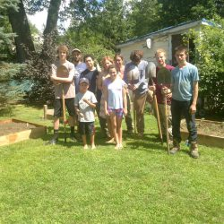 Greenagers Front Yard Food team